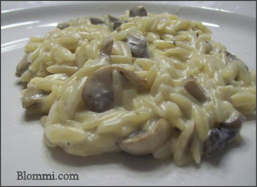 Creamy Mushroom Orzo Recipe - Mom Foodie