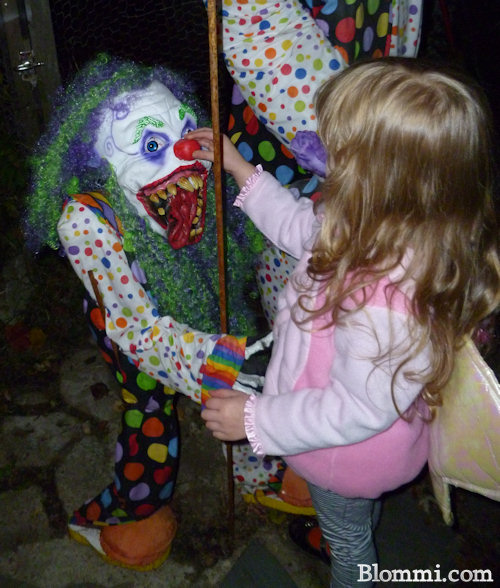 abusing the scary clown