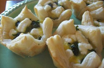 spinach goat cheese egg puff pastry appetizers
