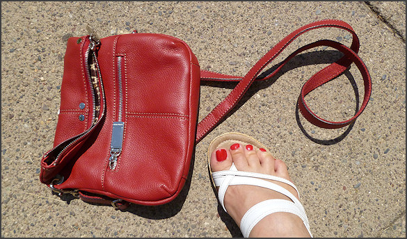matching toe nail polish to shoes