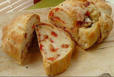 Bacon, Blue Cheese and Tomato Bread Recipe