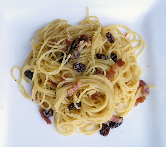Angel Hair Pasta recipe with Bacon and Raisins