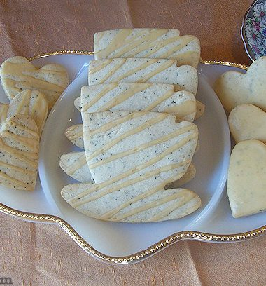 chai cookies | Glazed Chai Shortbread Cookie recipe