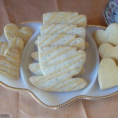 chai cookies | Glazed Chai Shortbread Cookie recipe