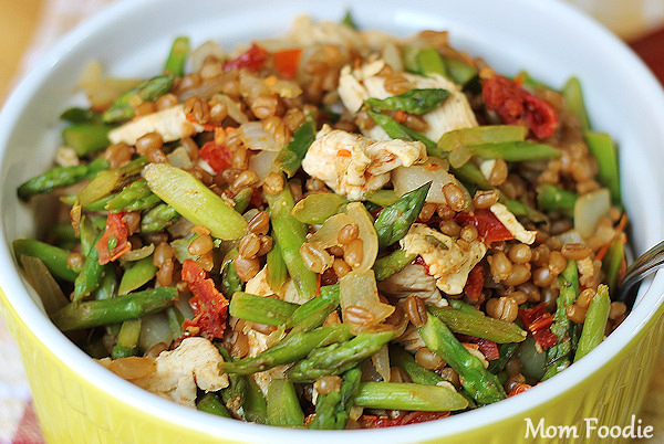chicken asparagus sun dried tomato wheat berries recipe