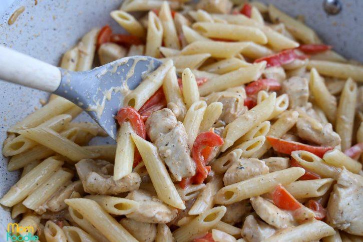 chicken fajita pasta skillet