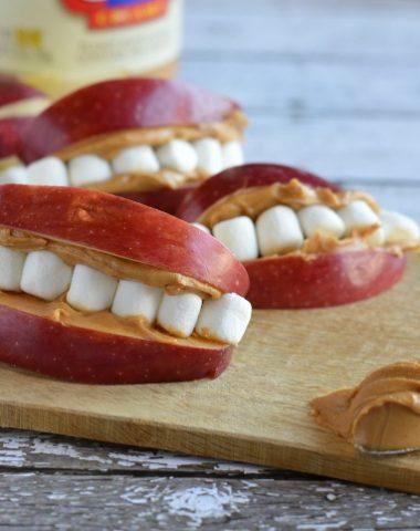 Apple Peanut butter teeth