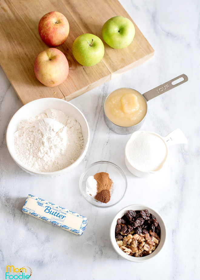 Applesauce cake ingredients