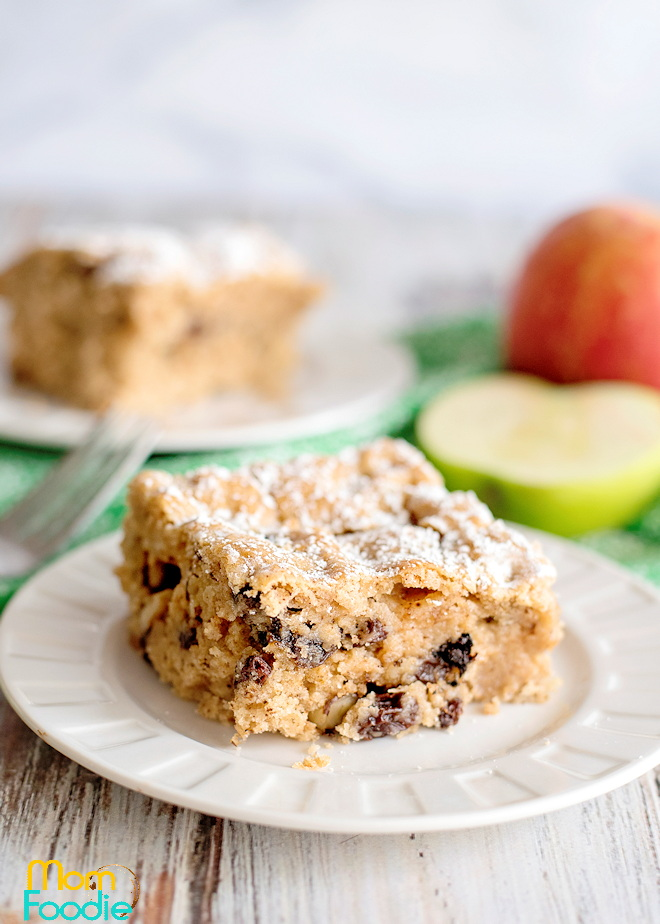 Applesauce cake with raisins