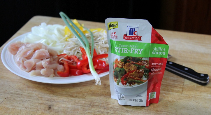 Asian Noodles with Chicken and Vegetables ingredients