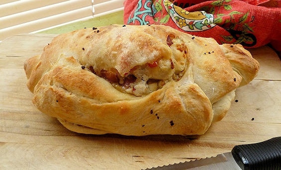 Bacon blue cheese tomato bread