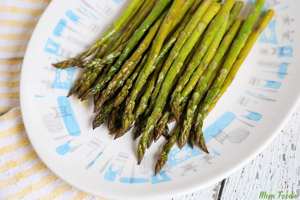Easy Baked Asparagus Recipe How To Bake Asparagus In The Oven