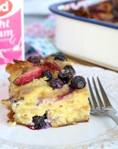 Berry breakfast casserole