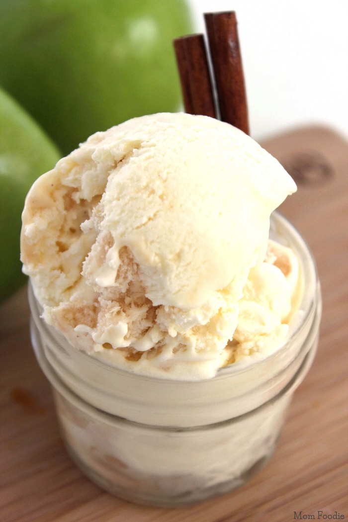 Caramel Apple Ice Cream: Easy No Churn Recipe - Mom Foodie