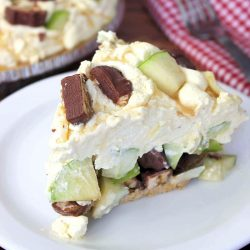 Caramel Apple Snickers Pie Recipe
