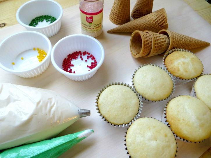 Christmas Tree Cupcakes - supplies ready