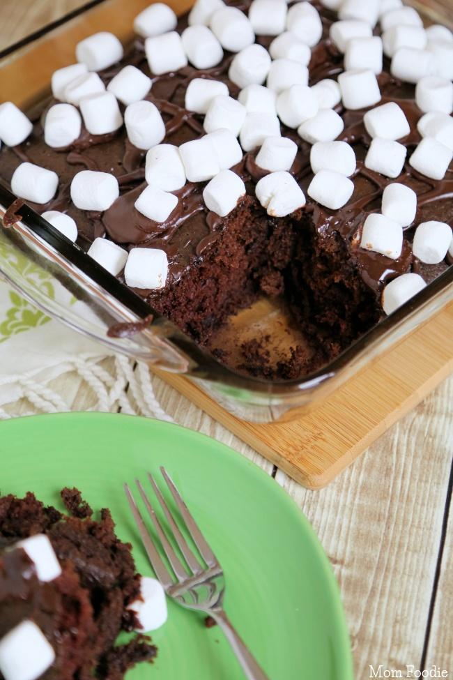 Cocoa Cake Recipe with marshmallows
