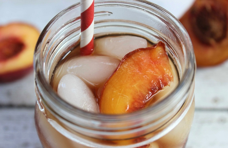 Copycat Olive Garden Peach Iced Tea | Mom Foodie