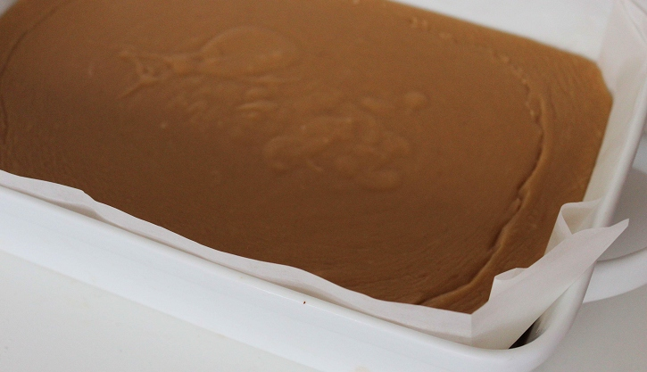 Creamy Peanut Butter Fudge - cooling