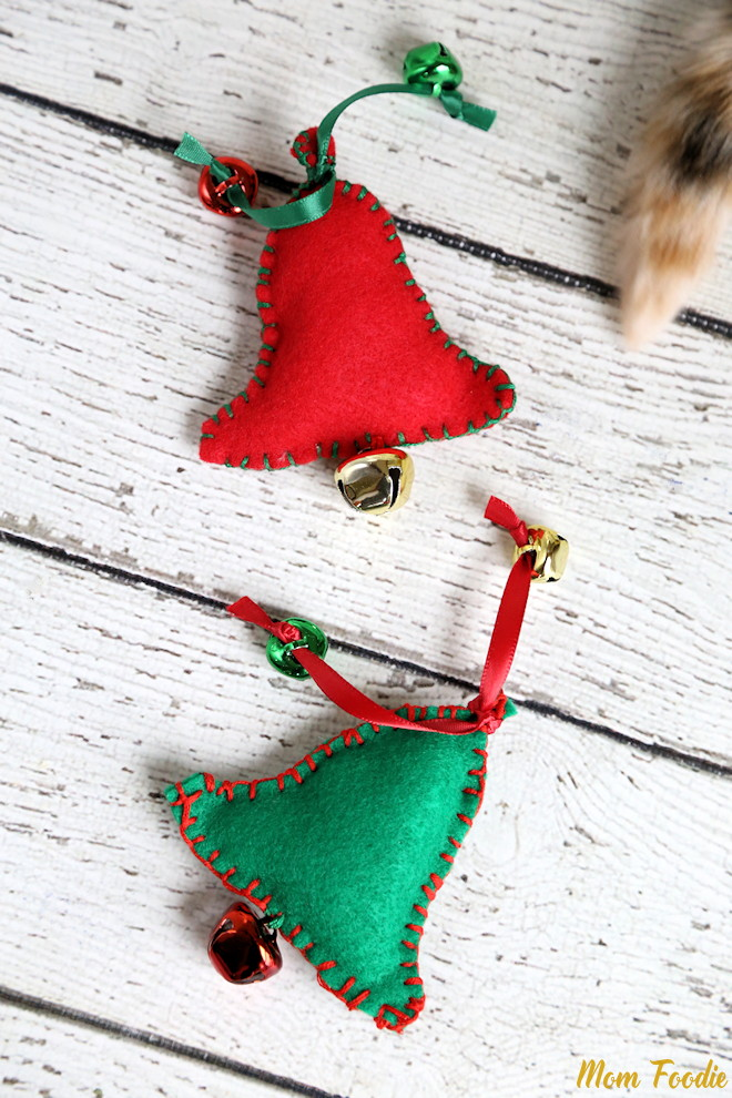 DIY Cat Toys Christmas