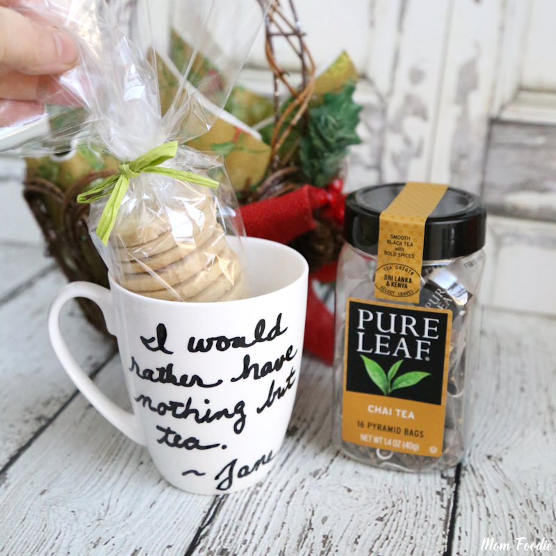 DIY Personalized Tea Cup with Cardamom Cookies