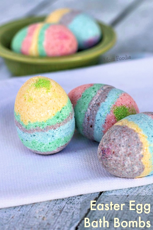 Homemade easter egg bath bombs mom foodie homemade easter egg bath bombs forumfinder Image collections