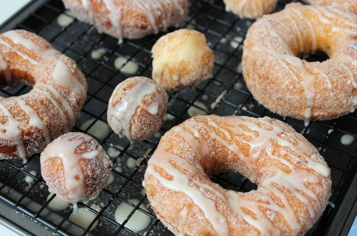 Easy Apple Cider Glazed Donuts - cooling