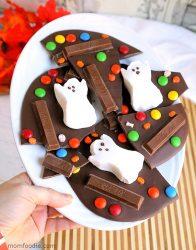 Easy Ghost Halloween Candy Bark