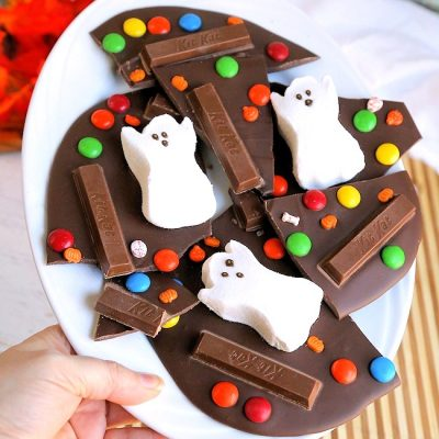 Easy Ghost Halloween Candy Bark