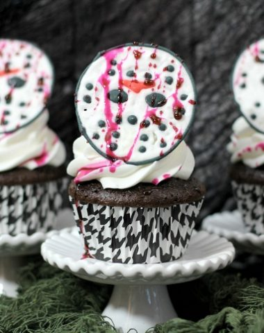 Friday the 13th Jason Vorhees Cupcakes for Halloween