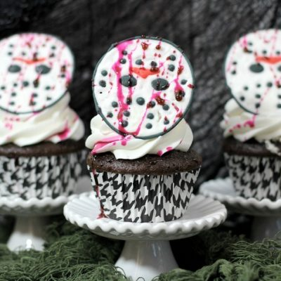 Friday the 13th Jason Mask Cupcakes : Halloween Party Food