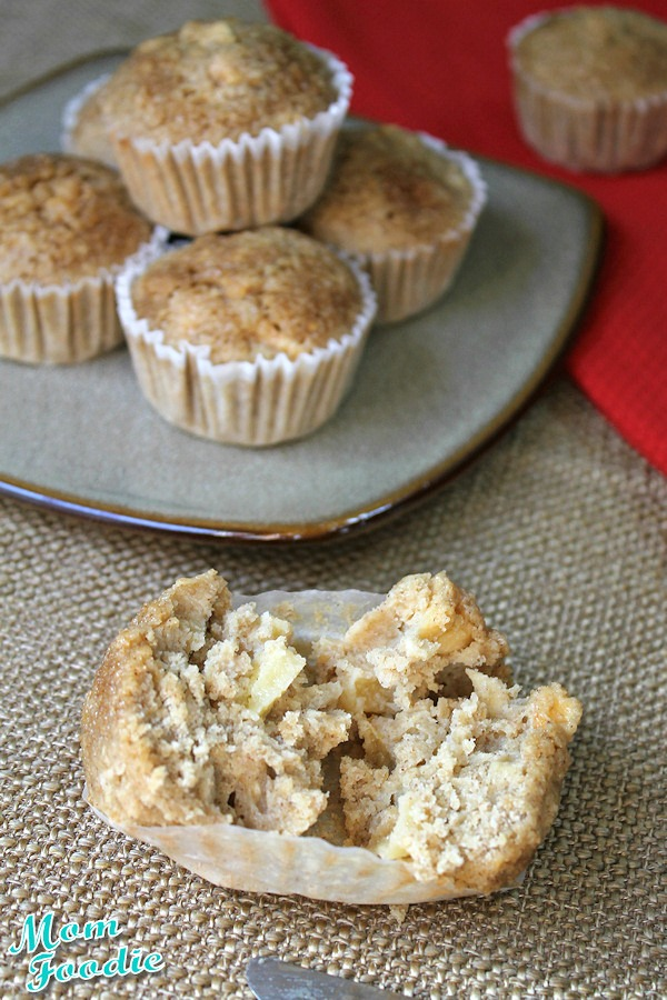 Gluten Free Apple Oatmeal Muffins
