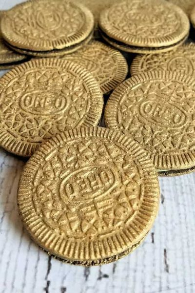 Leprechaun Gold Cookies: Edible Gold Coated Oreo Coins