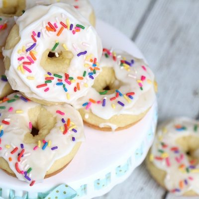 Greek Yogurt Lemon Donuts with Lemon Glaze