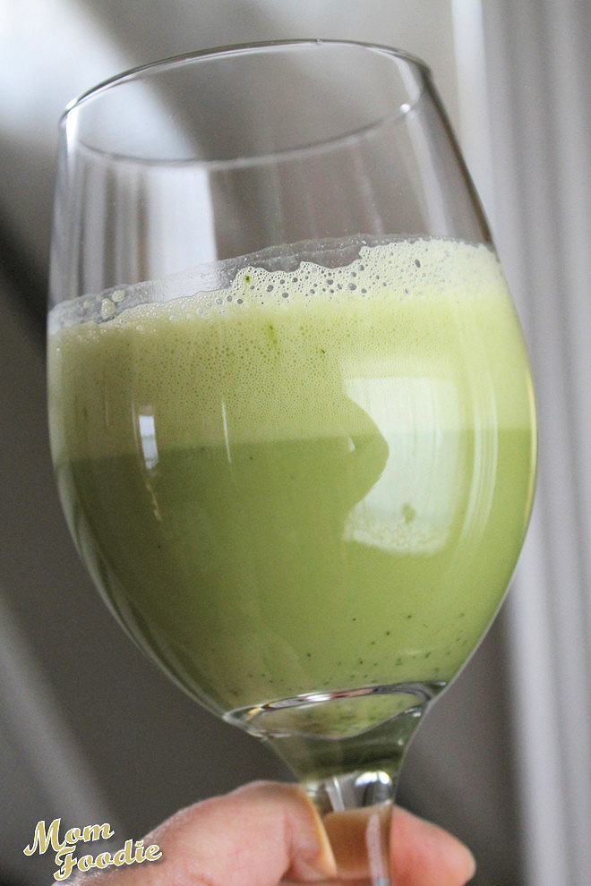 Green Tea Fizz: Powdered Egg Whites Drink Recipe with Matcha