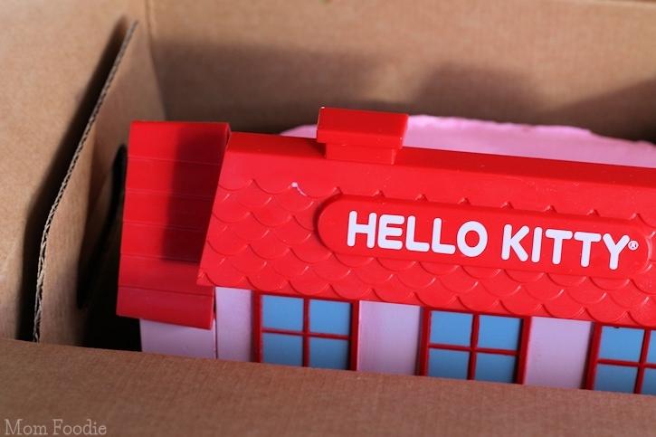Hello Kitty Birthday Cake in box