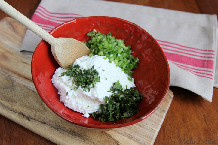 Herb Cottage Cheese Spread ingredients