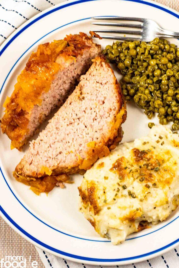 Sliced ham loaf plated