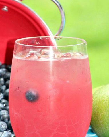 Jamaican Berry Breeze Cocktail