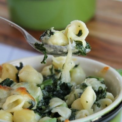Easy Kale Macaroni and Cheese, plus a Fun Kid Snack