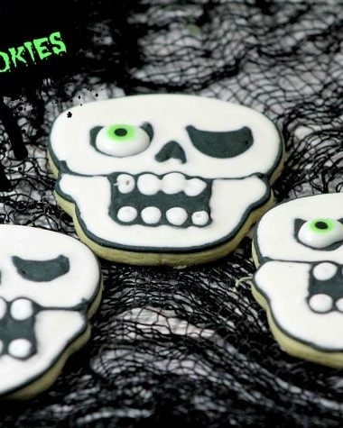 One Eye skull cookies