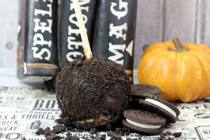 Oreo caramel apples