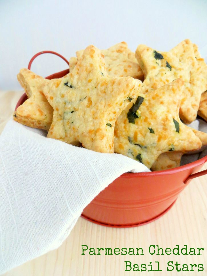 Parmesan Cheddar Basil Star crackers