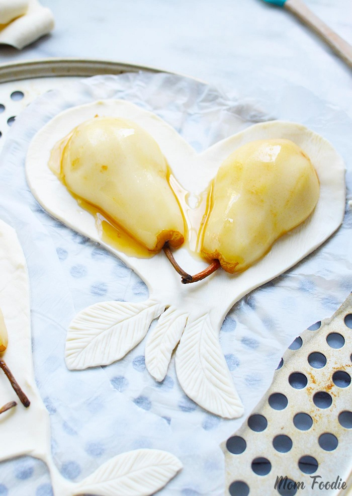 Pear tart shaped as heart