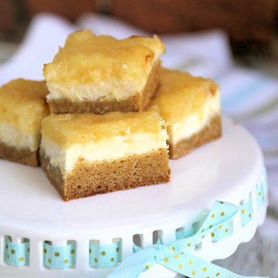 Pineapple Cheesecake Blondies Recipe