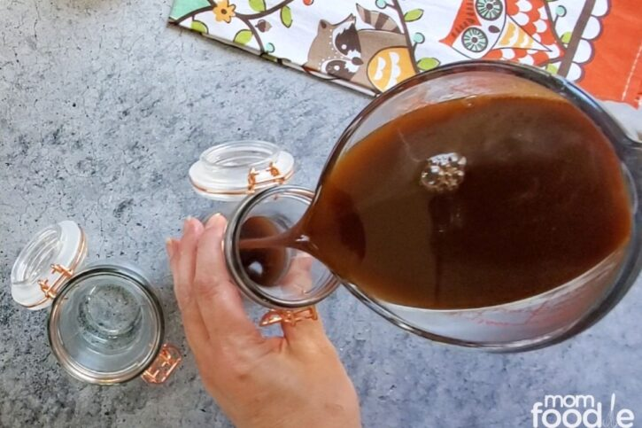 Pour the syrup onto bottles or jars to save for later use.