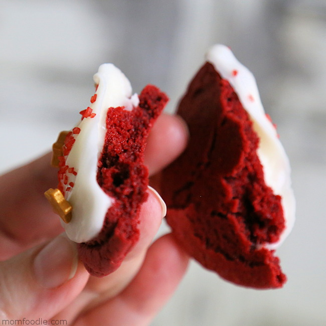 Red Cookies