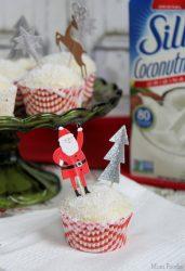 Snowy Pound Cake Cupcakes
