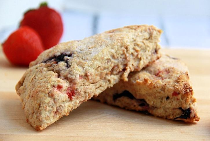 Strawberry Blueberry Scones Recipe