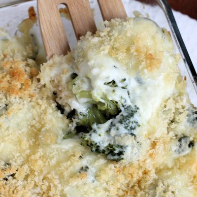 Super Cheesy Broccoli Au Gratin Casserole